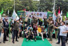 Photo of Teladani Spirit Resolusi Jihad, PPP Lepas 30 Santri Daki 5 Gunung di Indonesia